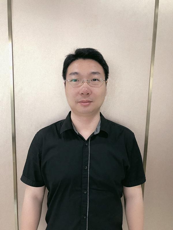 王叠标<br /> <span>中级会计师、北京工商大学本科</span>